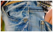 Джинсы и брюки для девочек